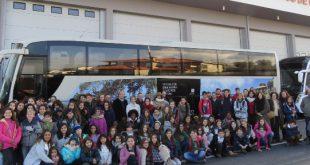 Bombeiros de Cinfães receberam donativo de 1700 euros de alunos de Cascais