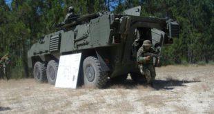 Militares para missão de paz no Afeganistão preparam-se no RI14