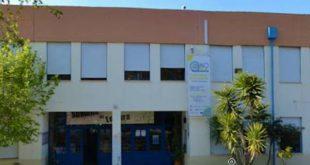 Cobertura em amianto leva câmara de Cinfães a recuperar Escola Básica