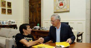 Câmara de Viseu apoia atleta de desporto adaptado Mário Trindade