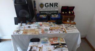 5 detidas por roubos e furtos em residências