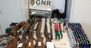 Sátão: GNR deteve 3 homens por posse ilegal de armas e caça proibida