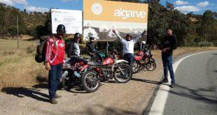 Foto Reportagem: Família de Sátão percorreu a Nacional 2 de ciclomotor