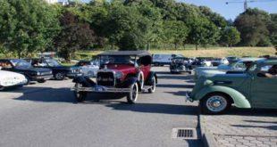 Automóveis antigos da Casa do Pessoal do Hospital de Viseu vão ao santuário de Fátima