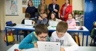 Município de Tondela renova quadros interativos, computadores e material informático de escolas