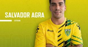 Salvador Agra regressa a Portugal e assina pelo Tondela