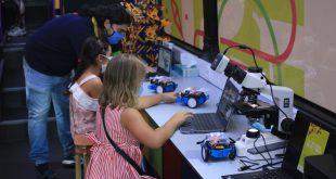 """Mangualde. Três centenas de alunos visitaram o """"Laboratório Móvel das Ciências"""""""